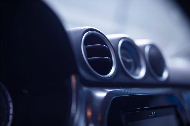 Een frisse auto in de auto